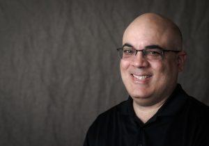 Dr. Luis Perez